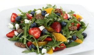 florida-arugula-berry-and-citrus-salad_recipe