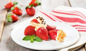 stuffed-florida-strawberries_recipe